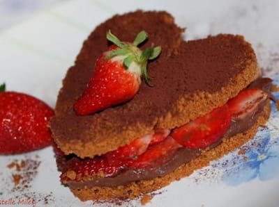 croquant spéculoos, ganache pralinoise et fraises