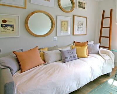 recouvrir un canap. Black Bedroom Furniture Sets. Home Design Ideas