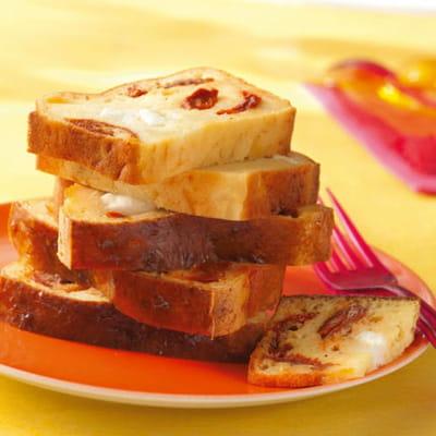 cake aux tomates séchées, mozzarella et chorizo