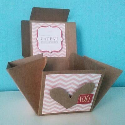 etape 3 plier la bo te d co de no l customiser une box cadeau offrir journal des femmes. Black Bedroom Furniture Sets. Home Design Ideas