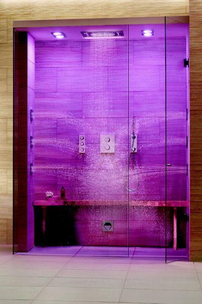 syst me de douche rainshower f series de grohe 15 innovations pour la douche journal des femmes. Black Bedroom Furniture Sets. Home Design Ideas