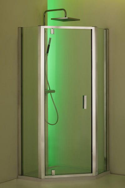 douche d 39 angle vertigo de jacob delafon 15 innovations pour la douche journal des femmes. Black Bedroom Furniture Sets. Home Design Ideas