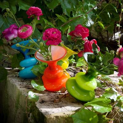 jardini res et pots de fleurs color s. Black Bedroom Furniture Sets. Home Design Ideas
