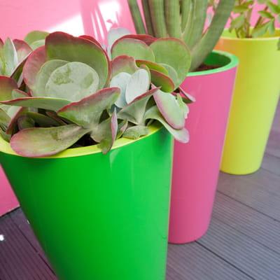 pot tuit de castorama jardini res et pots de fleurs color s journal des femmes. Black Bedroom Furniture Sets. Home Design Ideas