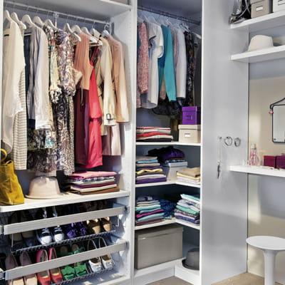 Un dressing facile vivre avec castorama journal des femmes - Rangement dressing castorama ...