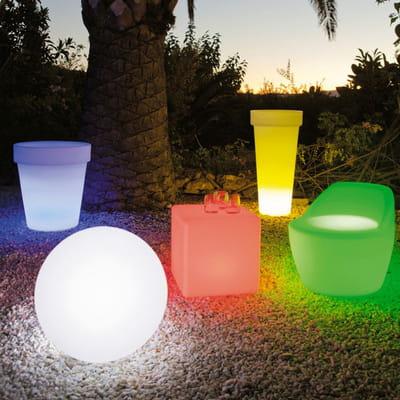 Mobilier lumineux pour le jardin belles id es pour un - Mobilier jardin lumineux ...