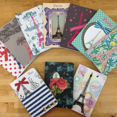 Hommage la parisienne joli carnet cherche sac de fille journal des femmes - La parisienne journal ...