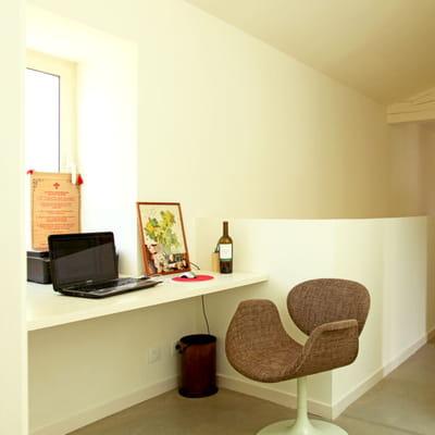 meubler le palier am nager un coin bureau dans un petit espace journal des femmes. Black Bedroom Furniture Sets. Home Design Ideas