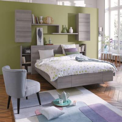 Une chambre munie de nombreux rangements du mobilier for Mobilier pour chambre
