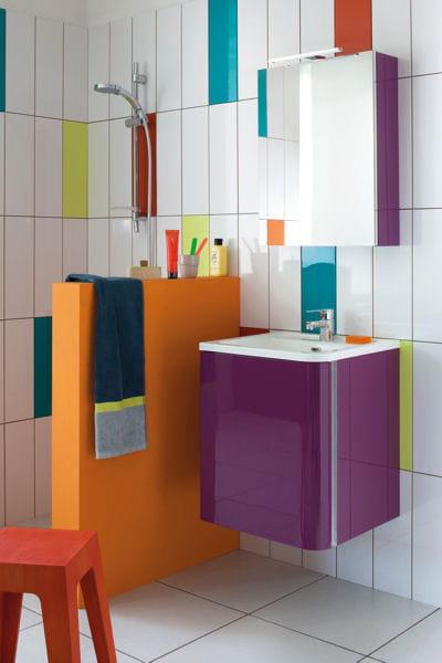 Armoire de salle de bains bump sanijura le bon mobilier for Petit mobilier salle de bain