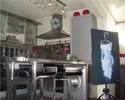 tout en inox 10 belles cuisines de lectrices journal des femmes. Black Bedroom Furniture Sets. Home Design Ideas