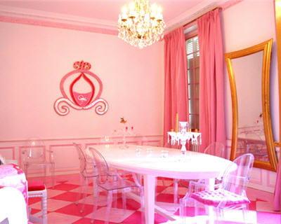la salle manger rose d 39 emmanuelle 20 pi ces color es de lectrices journal des femmes. Black Bedroom Furniture Sets. Home Design Ideas