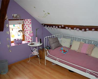 Une chambre sous les toits 15 chambres d 39 enfant de lectrices journal des femmes for Chambre sous pente fille