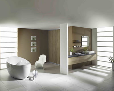 salle de bains pur e 15 ambiances blanches pur es journal des femmes. Black Bedroom Furniture Sets. Home Design Ideas