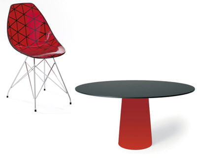 la chaise 'glamour' de fly et la table 'container' de moooi
