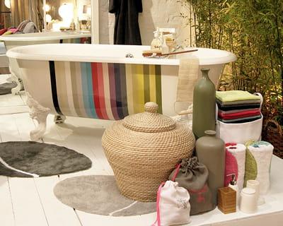 moment de d tente aux bains r chauffez vous avec une d co cocooning journal des femmes. Black Bedroom Furniture Sets. Home Design Ideas