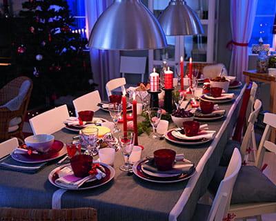 douceur scandinave 20 ambiances de tables de no l journal des femmes. Black Bedroom Furniture Sets. Home Design Ideas