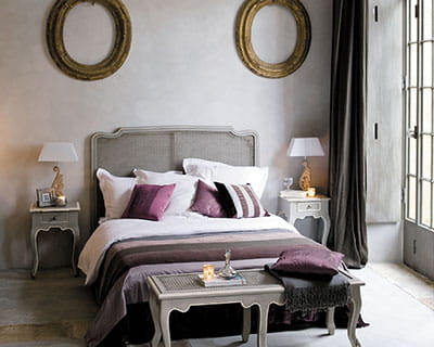 classique chic 20 ambiances de chambres journal des femmes. Black Bedroom Furniture Sets. Home Design Ideas