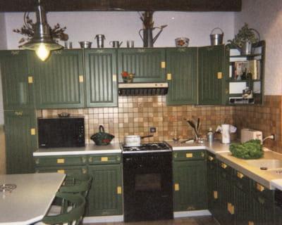 vert olive avant apr s vos cuisines relook es journal des femmes. Black Bedroom Furniture Sets. Home Design Ideas