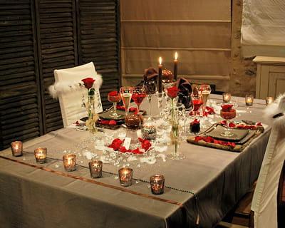 douchka une table romantique pour la saint valentin. Black Bedroom Furniture Sets. Home Design Ideas