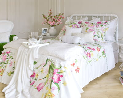fa on h tel de luxe des fleurs dans ma d co journal des femmes. Black Bedroom Furniture Sets. Home Design Ideas