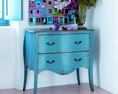 tendance bleue 20 ambiances autour du bleu journal des. Black Bedroom Furniture Sets. Home Design Ideas