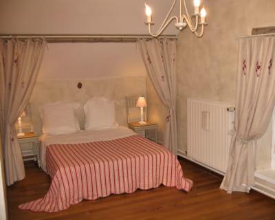Campagne chic 10 chambres de lectrices pour tous les styles journal des f - Deco campagne chic chambre ...