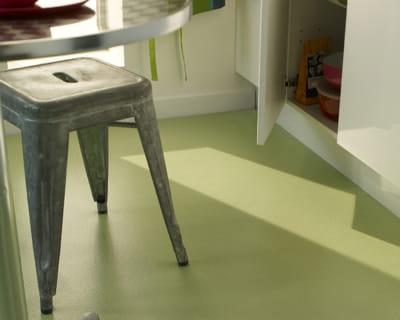 vert amande quel rev tement de sol pour ma cuisine journal des femmes. Black Bedroom Furniture Sets. Home Design Ideas