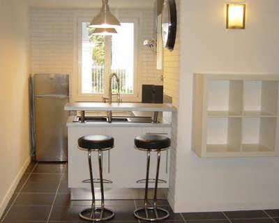 Mini cuisine pour un mini loft vos cuisines ouvertes for Mini cuisine ouverte
