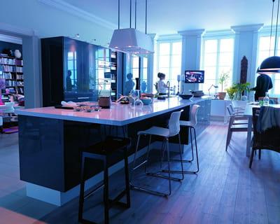 Pour cuisiner en famille j 39 adopte la cuisine ouverte l - Ikea cuisine faktum abstrakt gris ...