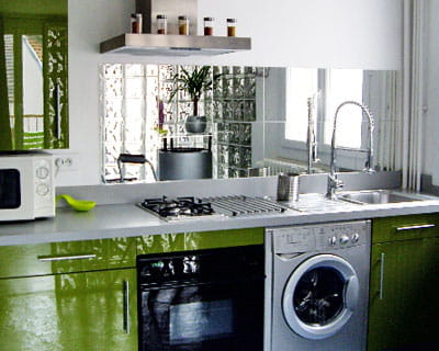 cr dence en miroir 12 id es de cr dences copier journal des femmes. Black Bedroom Furniture Sets. Home Design Ideas