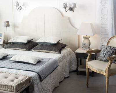 d co de charme une chambre dans de beaux draps journal des femmes. Black Bedroom Furniture Sets. Home Design Ideas