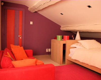 aux couleurs flambayantes. Black Bedroom Furniture Sets. Home Design Ideas