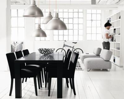 ambiance contemporaine chic a table dans une belle salle manger journal des femmes. Black Bedroom Furniture Sets. Home Design Ideas