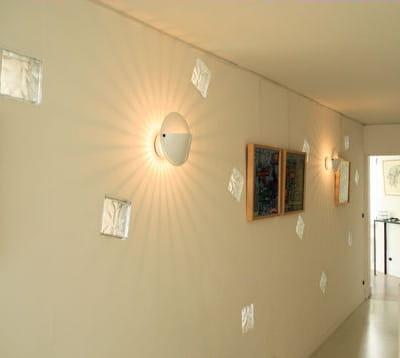 Jeu de lumi re une nouvelle ambiance pour mon couloir for Quelle couleur pour agrandir un couloir