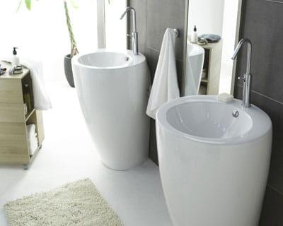 salle de bains nouvelles vasques pour nouveau look journal des femmes. Black Bedroom Furniture Sets. Home Design Ideas