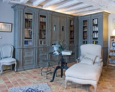 un coin cosy et intime des int rieurs campagne chic journal des femmes. Black Bedroom Furniture Sets. Home Design Ideas