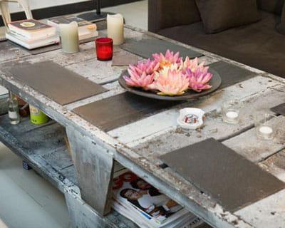 Les palettes de chantier en version patin e astuces for Idee table basse recup