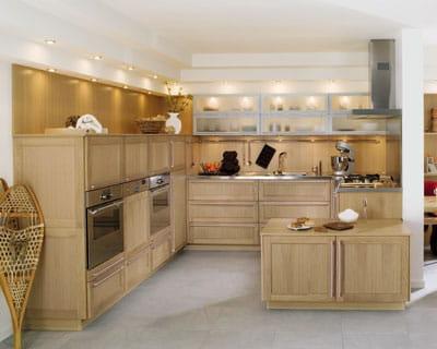 cuisine signature ch ne blanchi de perene des cuisines esprit bois journal des femmes. Black Bedroom Furniture Sets. Home Design Ideas