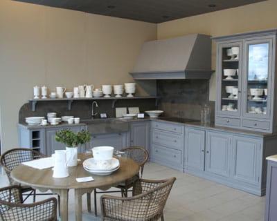 cuisine newport de robin du lac des cuisines esprit bois journal des femmes. Black Bedroom Furniture Sets. Home Design Ideas