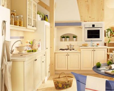 cuisine joyz de socoo 39 c des cuisines esprit bois journal des femmes. Black Bedroom Furniture Sets. Home Design Ideas