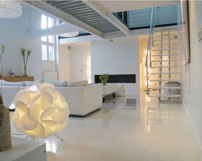 Resine Sol Blanc Brillant : pour un fini impeccable des rev tements de sol qui ~ Premium-room.com Idées de Décoration
