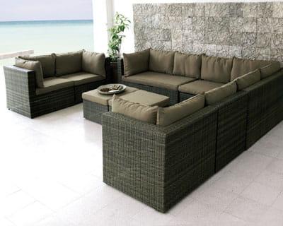 un mobilier au look luxueux sortez les salons de jardin journal des femmes. Black Bedroom Furniture Sets. Home Design Ideas