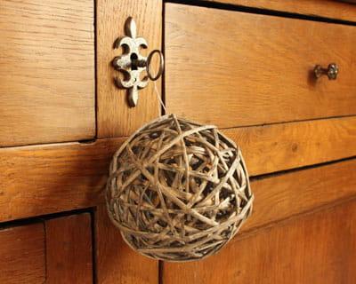 R nover un meuble en bois les 10 commandements journal for Renover des meubles en bois