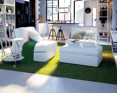 Une ravissante pelouse dans le salon les nouveaut s du catalogue ikea 2012 - Ikea nouveautes salon ...