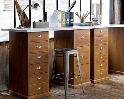 bureau tanguy de am pm faites place aux nouveaux. Black Bedroom Furniture Sets. Home Design Ideas