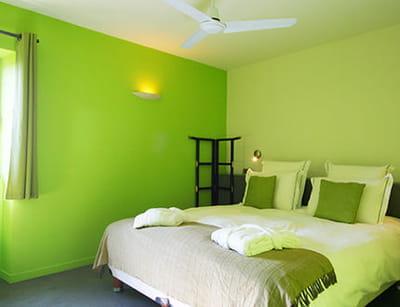 cama eu de vert. Black Bedroom Furniture Sets. Home Design Ideas