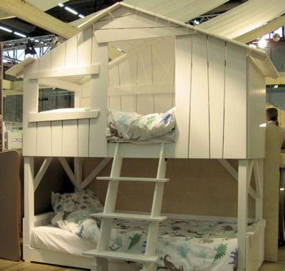 lit cabane de la maison d 39 alison des chambres d 39 enfant trop mignonnes journal des femmes. Black Bedroom Furniture Sets. Home Design Ideas