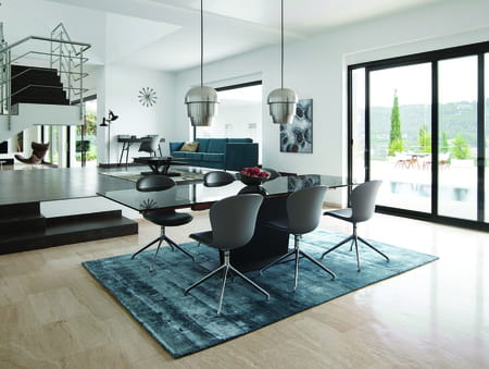mads mikkelsen nouvel ambassadeur boconcept. Black Bedroom Furniture Sets. Home Design Ideas