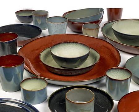 tendance on craque pour la vaisselle en gr s. Black Bedroom Furniture Sets. Home Design Ideas